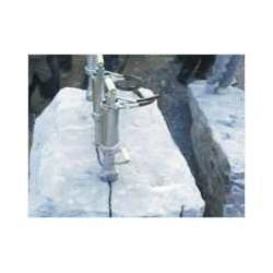 领先手持开采玉矿山液压膨胀机图片