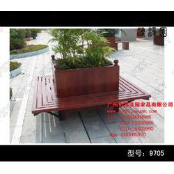 花箱、实木花箱、用于公园和马路、是花的伙伴图片