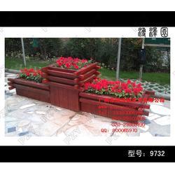 青岛实木花箱、景区实木花箱、用于美化商场公园环境图片