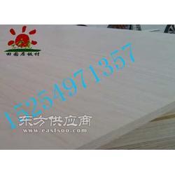 两次三次成型胶合板厂家杨桉芯家具板图片