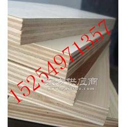 兰山区宏福胶合板厂家杨桉芯多层板图片