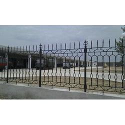 铸铁栅栏供应商-永兴护栏(在线咨询)扬州铸铁栅栏图片