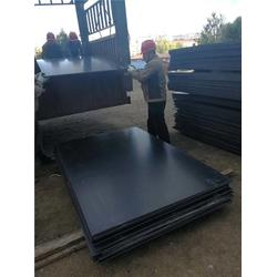 煤倉耐磨襯板安裝-超鴻耐磨材料(在線咨詢)嘉峪關煤倉耐磨襯板圖片