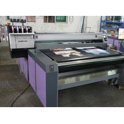服装裁片数码印花彩印设备机械厂家,纯棉涂料直喷数码印花机图片