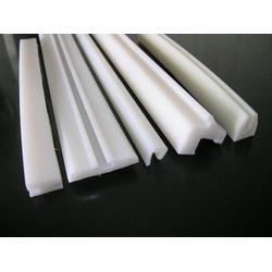 聚乙烯耐磨条|中硕橡塑(已认证)|聚乙烯图片