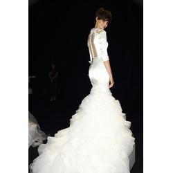 婚纱礼服、婚纱礼服郑州品牌、郑州婚纱礼服销售品牌图片