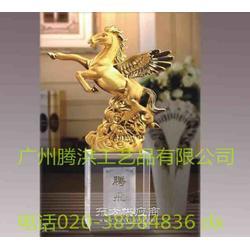 礼品厂家销售马年贺岁礼品马年商务馈赠礼品包刻字图片