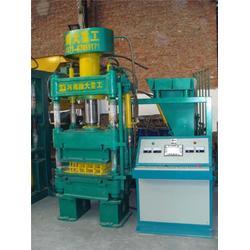 垫江县垫块机|全自动液压垫块机|腾大重工图片