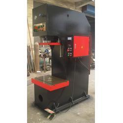 40吨单柱液压机-单柱液压机-众鑫机械图片