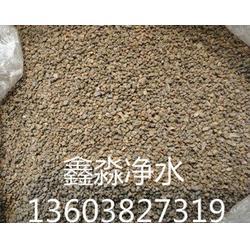 济南锰砂滤料,装罐锰砂滤料生产过程,鑫淼净水图片