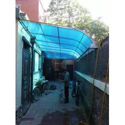 宝坻玻璃雨棚|玻璃雨棚方案|顺升不锈钢制品加工图片