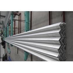 耐高温900度不锈钢角钢图片
