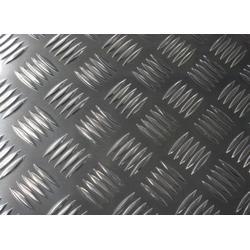 汽车车厢地板用防滑铝板图片
