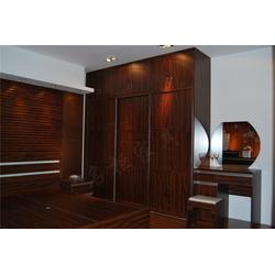 宜昌家具装修-实木家具装修-名柜整体衣柜图片