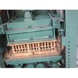 水泥垫块机出厂价、华阳机械、晋中水泥垫块机图片