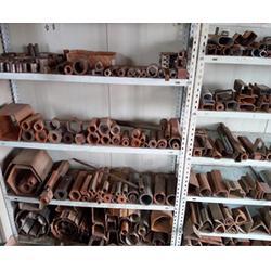 奇形怪状Q235梯形管-什么形状是梯形钢管图片