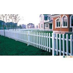 陕西PVC护栏,荣亨金属,优质PVC护栏图片