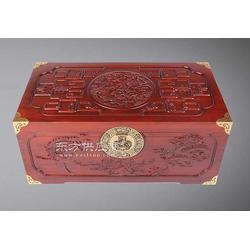 A008博古龙凤樟木箱 樟木箱子 书画箱图片