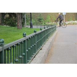铁艺草坪护栏生产,茂名铁艺草坪护栏,临朐远晟金属图片