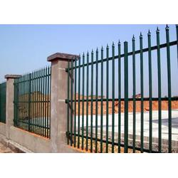 果洛道路草坪护栏-晟创金属-道路草坪护栏生产图片