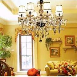 名匠制造外型美观时尚大方的LED个性水晶玻璃吊灯图片
