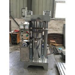 孟州市香油机、金泉香油机、单相电芝麻香油机设备图片