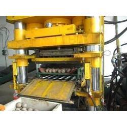 全自动水泥免烧砖液压机、液压机、洪锐机械图片