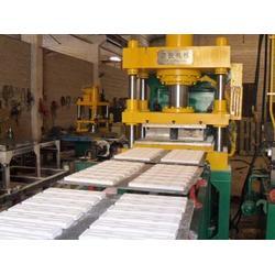 衬砖液压机-洪锐机械-耐火砖衬砖液压机图片