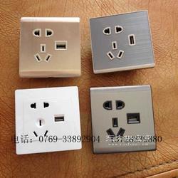供应本厂最热销产品五孔插座带USB接口插座图片