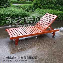 户外折叠躺椅水池躺椅