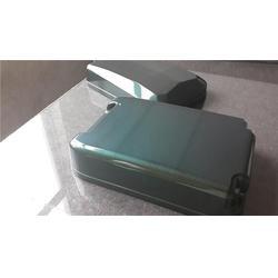 碳纖維拉桿箱優勢、碳纖維拉桿箱、新銳特復材圖片