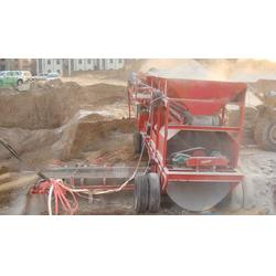 可移动灰土搅拌设备,世工机械(在线咨询),衡水灰土搅拌机图片