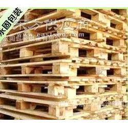 搬运木托盘图片
