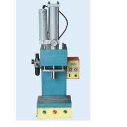 油压机,昆山勤斌,专业订制油压机图片