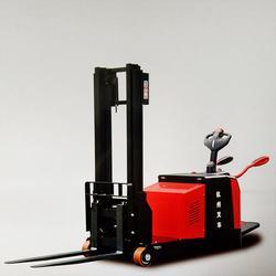 内燃平衡重式叉车多少钱_内燃平衡重式叉车_叉车选择广通机械图片