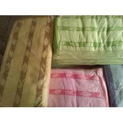二手毛巾、浙江二手毛巾、雨泽家纺图片