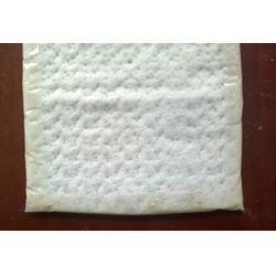 鑫宇土工材料(图)|覆膜膨润土防水毯|延安防水毯图片