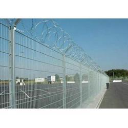 机场安全护栏保养_晋宁机场安全护栏_兴顺发筛网实力厂家图片