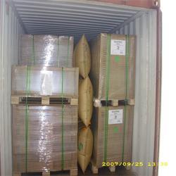 装柜用集装箱充气袋、广州越狮(在线咨询)、上海集装箱充气袋图片