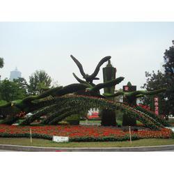 内蒙古绿植雕塑、西安维亚雕塑、绿植雕塑制作图片