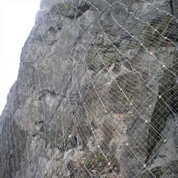 钢丝绳网生产,钢丝绳网,澎程金属制品图片