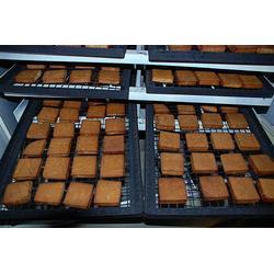 襄阳臭豆腐专用烟熏炉、诸城聚信、臭豆腐专用烟熏炉厂家图片