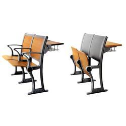 临朐鑫通椅业、双斗课桌椅生产厂家、课桌椅生产厂家图片