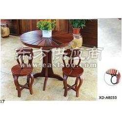 供应户外山樟木实木桌椅图片