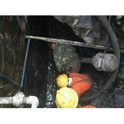 专业清理污水池,白云区专业清理污水池,清理隔油池图片