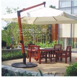 景区休息套桌椅 户外休闲套桌椅的选择和维护图片