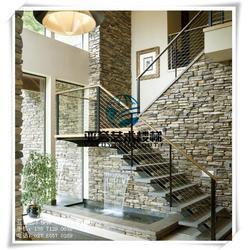 客栈钢木楼梯、武汉亚誉艺术楼梯、黄冈钢木楼梯图片