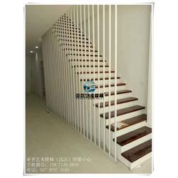 欧式别墅楼梯扶手、武汉亚誉艺术楼梯、十堰别墅楼梯扶手图片