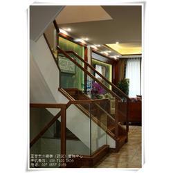 江夏楼梯扶手-专卖店楼梯扶手-服装店楼梯扶手图片