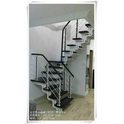武昌钢木楼梯、钢木楼梯厂家、双梁钢木楼梯图片